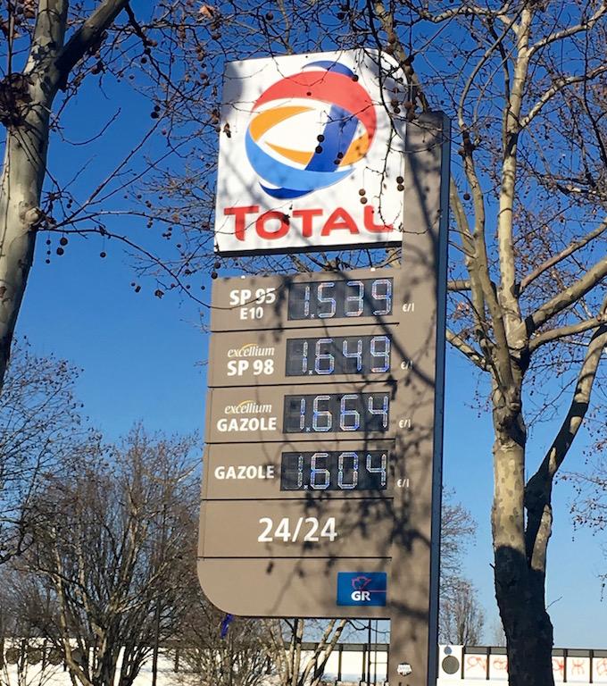 essence moins chère paris